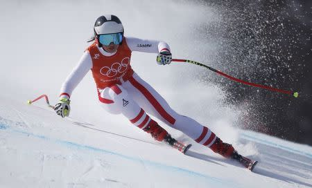 Mikaela Shiffrin sets up Olympic showdown with Lindsey Vonn