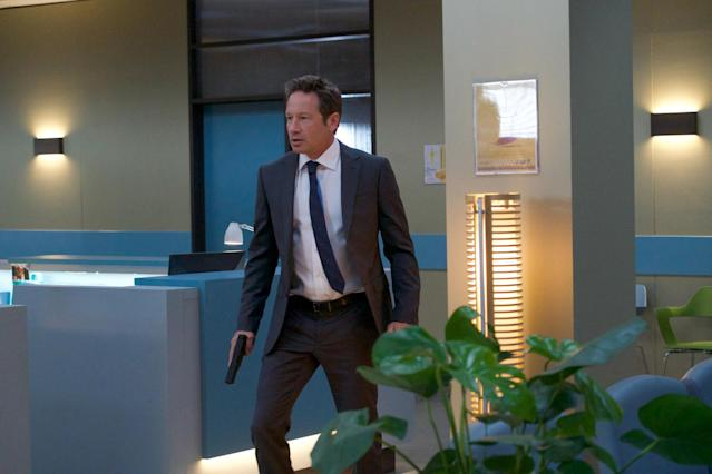 Duchovny in the <em>Terminator 2</em> inspired action sequence in <em> The X-Files</em>. (Photo: Shane Harve/Fox)