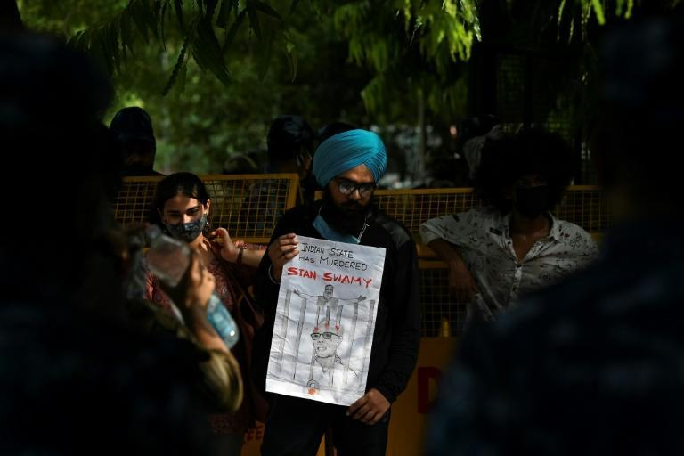 India detained the priest under the Unlawful Activities Prevention Act , which effectively allows people to be held without trial indefinitely