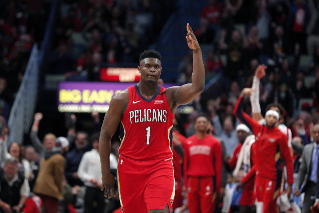 "<a class=""link rapid-noclick-resp"" href=""/nba/players/6163/"" data-ylk=""slk:Zion Williamson"">Zion Williamson</a> put on a show in his highly anticipated NBA debut. (AP photo/Gerald Herbert)"