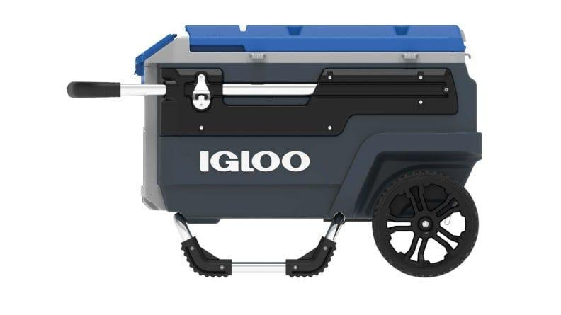 The Igloo Trailmate roller cooler was built for off-roading adventures.