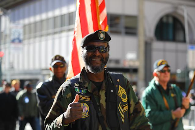 <p>A veterns from the United States Army gives a thumbs-up during the Veterans Day parade in New York on Nov. 11, 2017. (Photo: Gordon Donovan/Yahoo News) </p>