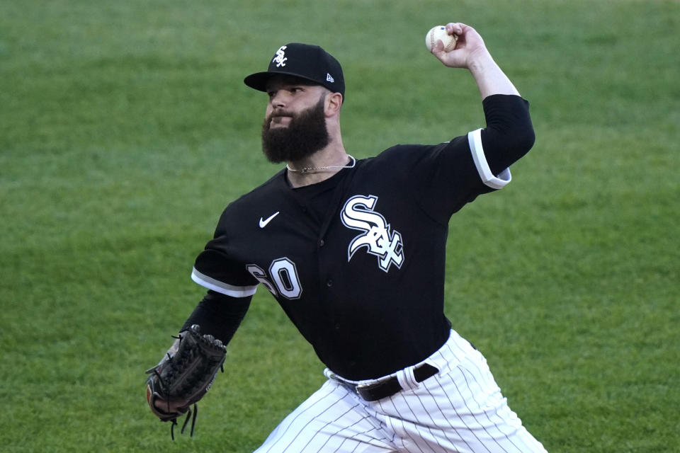 Chicago White Sox starting pitcher Dallas Keuchel throws to a Toronto Blue Jays batter during the first inning of a baseball game in Chicago, Thursday, June 10, 2021. (AP Photo/Nam Y. Huh)