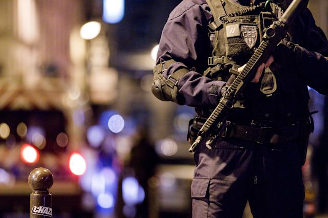 <p>Police forces deployed after the knife attack at Monsigny street and Saint Augustin street, on May 12, 2018 in Paris, France. (Photo: Aurelien Morissard/IP3/Getty Images) </p>