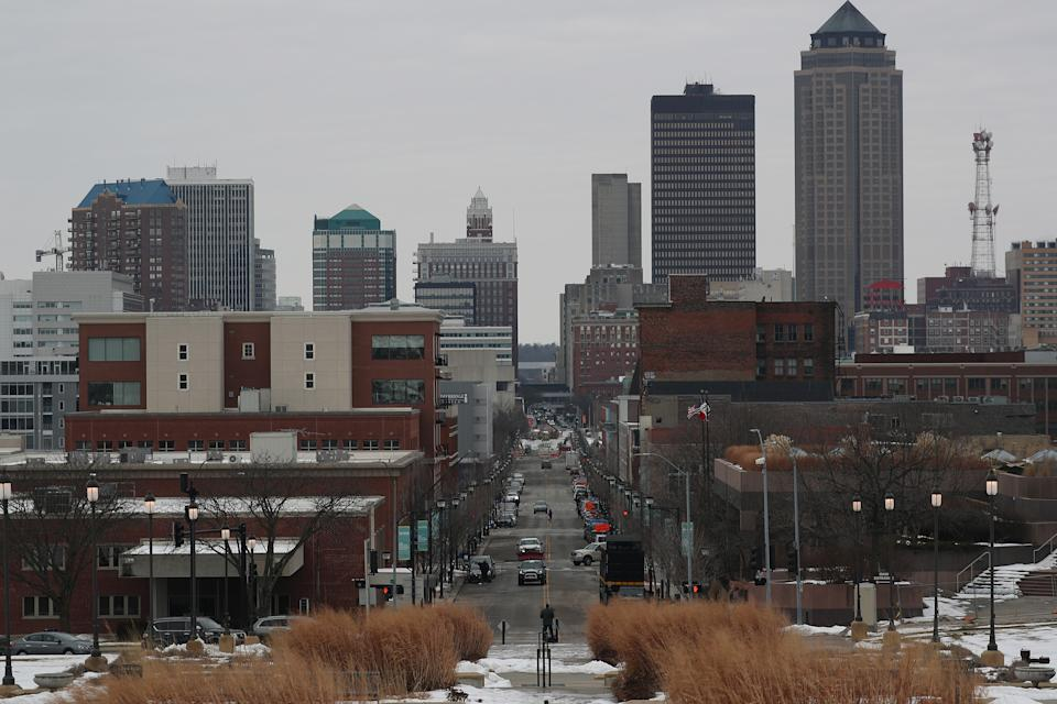 The skyline of the Capitol city is seen as people prepare to head to their caucuses on February 03, 2020 in Des Moines, Iowa. Iowa holds its first in the nation caucuses this evening. (Photo by Joe Raedle/Getty Images)