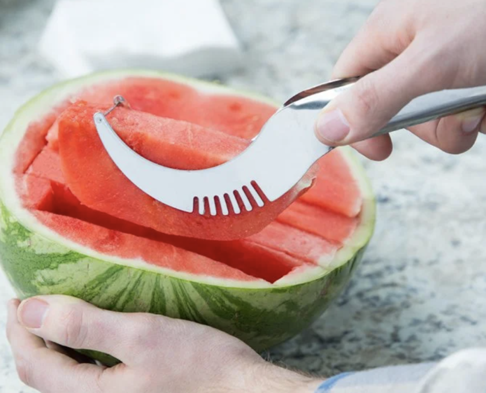 It's never been easy to get perfect watermelon slices. (Photo: The Grommet)