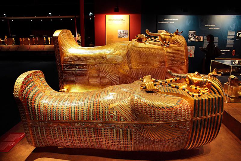 king-tut-golden-mummy-cases