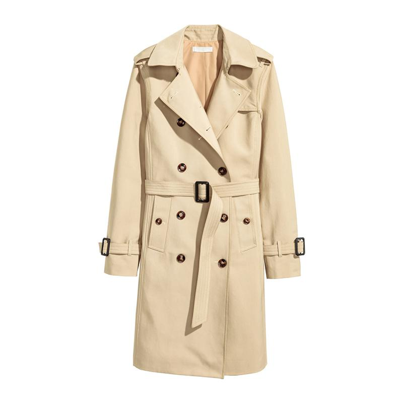 """<a rel=""""nofollow"""" href=""""http://rstyle.me/n/cka4rajduw"""">Trenchcoat, H&M, $80</a><p>     <strong>Related Articles</strong>     <ul>         <li><a rel=""""nofollow"""" href=""""http://thezoereport.com/fashion/style-tips/box-of-style-ways-to-wear-cape-trend/?utm_source=yahoo&utm_medium=syndication"""">The Key Styling Piece Your Wardrobe Needs</a></li><li><a rel=""""nofollow"""" href=""""http://thezoereport.com/living/wellness/gwyneth-paltrow-fast-food/?utm_source=yahoo&utm_medium=syndication"""">Gwyneth Paltrow Approves Of These Fast-Food Restaurants</a></li><li><a rel=""""nofollow"""" href=""""http://thezoereport.com/entertainment/rachel-zoe/rachel-zoe-google-live-case/?utm_source=yahoo&utm_medium=syndication"""">The Genius Phone Case With A Built-In Shortcut Button</a></li>    </ul> </p>"""