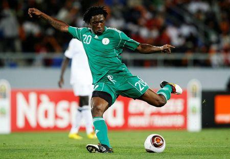 Nigeria's Dickson Etuhu controls the ball during an Africa Nations Cup quarter finals match against Zambia in Lubango