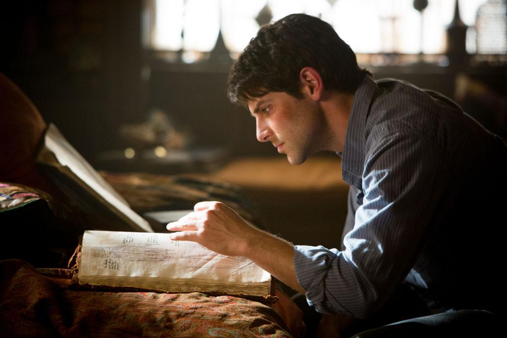 "David Giuntoli as Nick Burkhardt in the ""Grimm"" episode, ""Bad Moon Rising."""