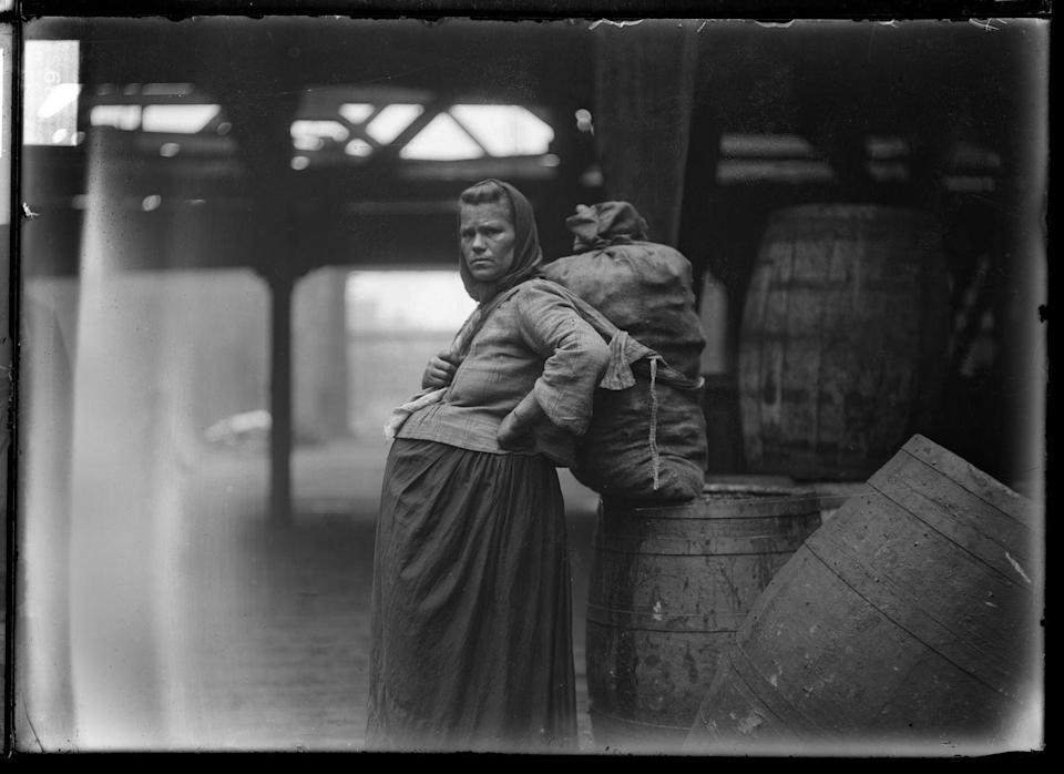 <p>It's worth noting that most of the maternity style developments to this point were more or less exclusive to wealthy women. Women in poor or working class families typically just wore baggy, oversized dresses during their pregnancies.</p>