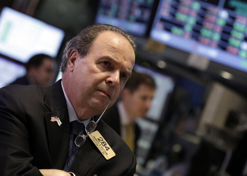 Stocks barely budge; market ends week with loss