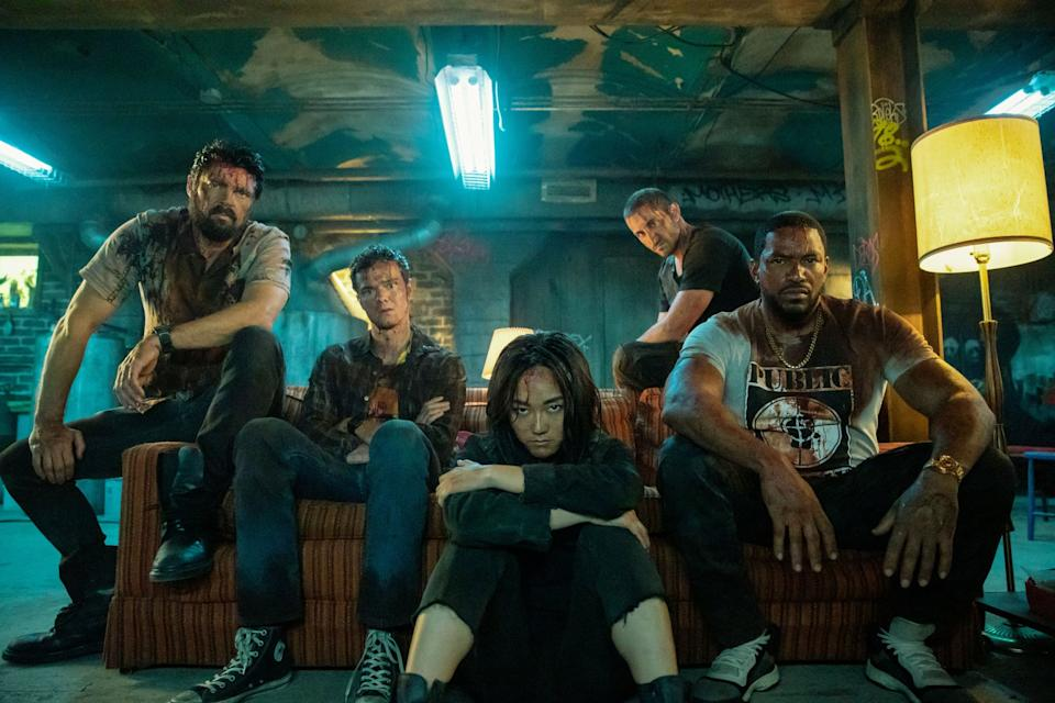 THE BOYS, from left: Karl Urban, Jack Quaid, Karen Fukuhara, Tomer Capon, Laz Alonso, Over the Hill With the Swords of a Thousand Men, (Season 2, ep. 203, aired Sep. 4, 2020). photo: Jasper Savage / Amazon / Courtesy Everett Collection