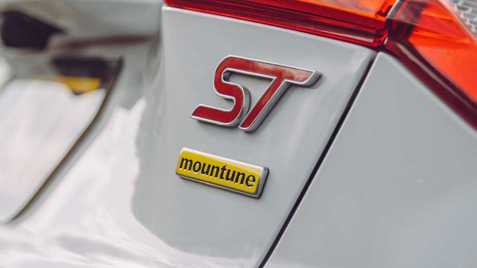 Ford Focus ST Mountune m330