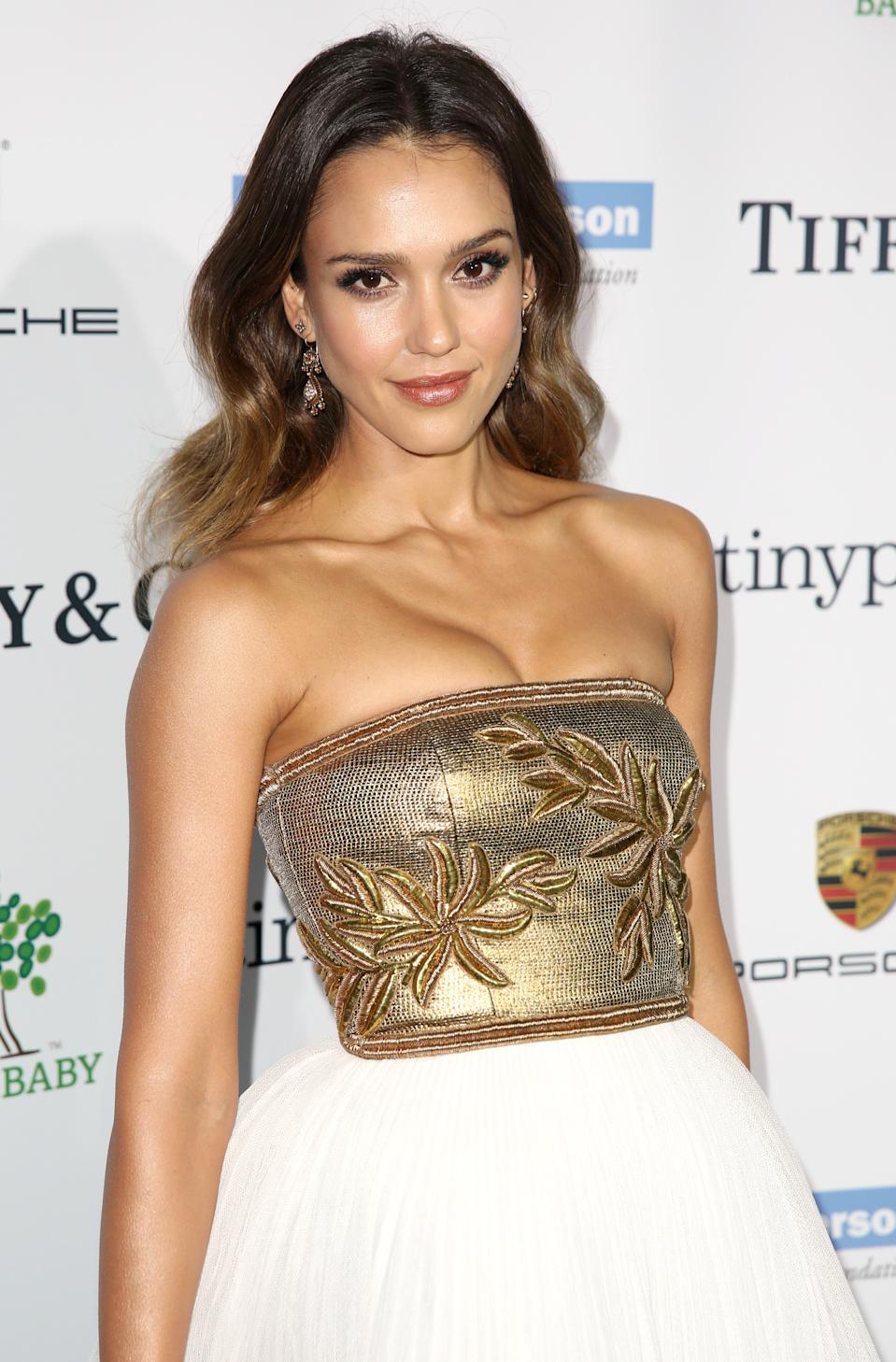 Jessica Alba arrives at the Third annual Baby2Baby Gala honoring Kate Hudson at The Book Bindery on Saturday, Nov. 8, 2014, in Culver City, Calif. (Photo by Matt Sayles/Invision/AP)