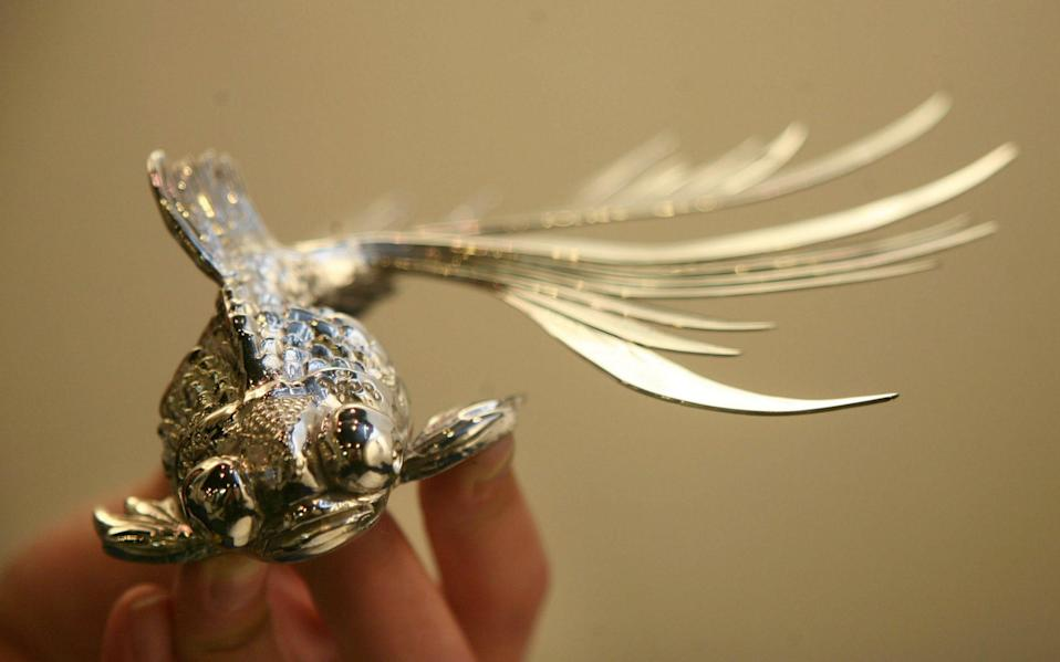 Contemporary Silver at the London Silver Vaults in Chancery Lane - Julian Simmonds