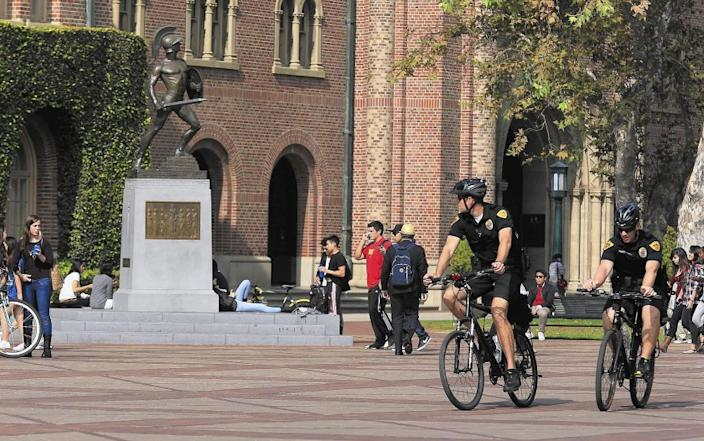 "Around 40 individuals living near the USC campus on fraternity-filled 28th Street have tested positive for COVID-19. Nearly 150 student and faculty have contracted the virus. <span class=""copyright"">(Brian van der Brug / Los Angeles Times)</span>"