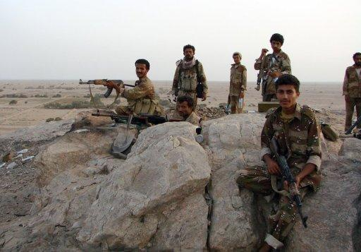 Yemeni troops have advanced into the southern town of Jaar
