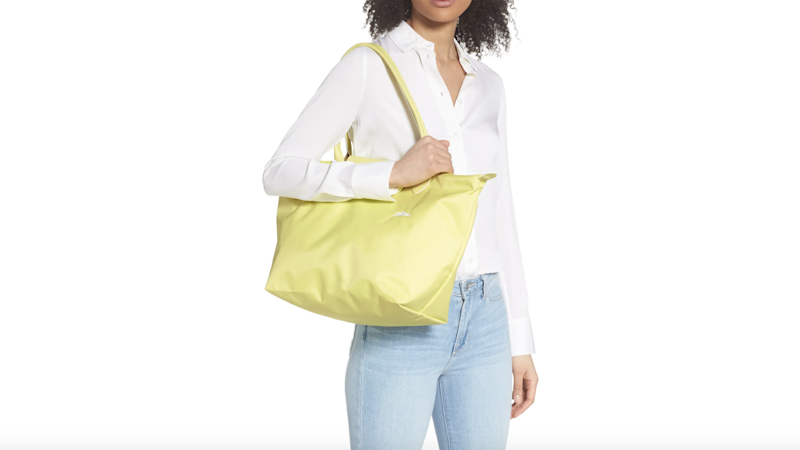 This versatile bag comes in three colors.