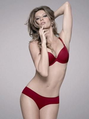 Gisele leaves her admirers in no doubt why she is the most highly paid model in the industry.