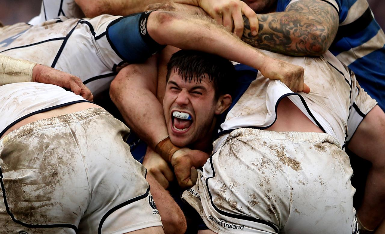 BATH, ENGLAND - DECEMBER 11:  Guy Mercer of Bath in a scrum during the Heineken Cup match between Bath Rugby and Leinster at Recreation Ground on December 11, 2011 in Bath, England.  (Photo by Scott Heavey/Getty Images) *** BESTPIX ***