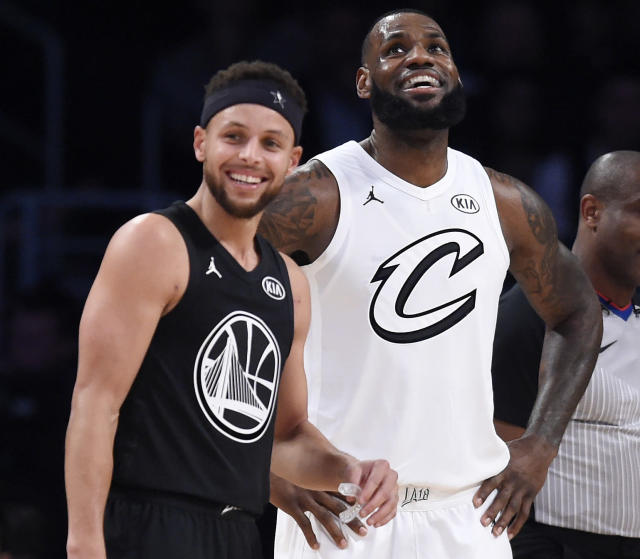 "<a class=""link rapid-noclick-resp"" href=""/nba/players/4612/"" data-ylk=""slk:Stephen Curry"">Stephen Curry</a> and <a class=""link rapid-noclick-resp"" href=""/nba/players/3704/"" data-ylk=""slk:LeBron James"">LeBron James</a> served as captains for the NBA's first annual All-Star draft. (AP)"