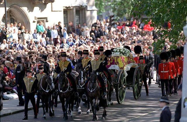 The coffin of Diana, Princess of Wales, on its journey to Westminster Abbey, London. (Photo: Tim Graham/Getty Images)