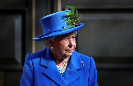 Britain's Queen Elizabeth visits Watergate House to mark the centenary of the GCHQ (Government Communications Head Quarters) in London, Britain, February 14, 2019. REUTERS/Hannah McKay/Pool