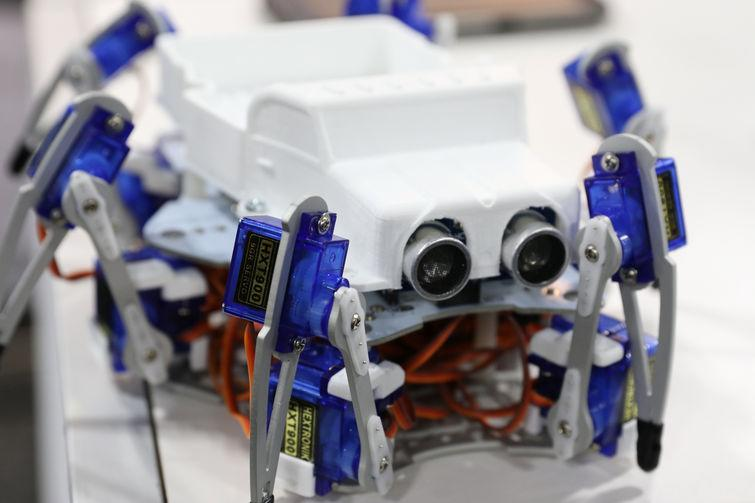 STEMI Hexapod with extra sensors (Credit: Jeremy Lips)