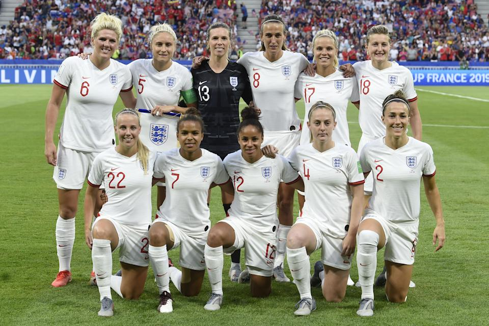 ngland's players pose ahead of the France 2019 Women's World Cup semi-final football match between England and USA, on July 2, 2019, at the Lyon Satdium in Decines-Charpieu, central-eastern France. (LtoR, from upper row) England's defender Millie Bright, England's defender Steph Houghton, England's goalkeeper Carly Telford, England's midfielder Jill Scott, England's defender Rachel Daly, England's forward Ellen White, England's forward Beth Mead, England's forward Nikita Parris, England's defender Demi Stokes, England's midfielder Keira Walsh and England's defender Lucy Bronze. (Photo by Philippe DESMAZES / AFP)        (Photo credit should read PHILIPPE DESMAZES/AFP via Getty Images)