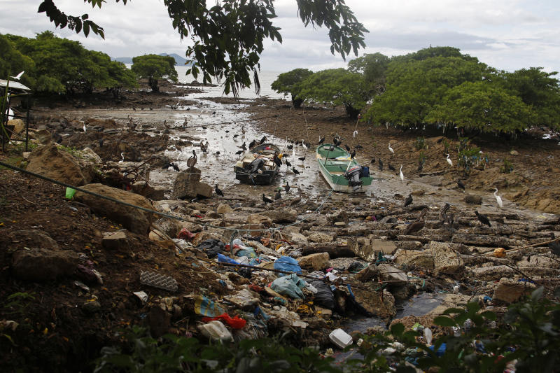 Plastic and general waste is seen at the Veracruz port on the outskirts of Panama City. (Photo: Carlos Jasso/Reuters)