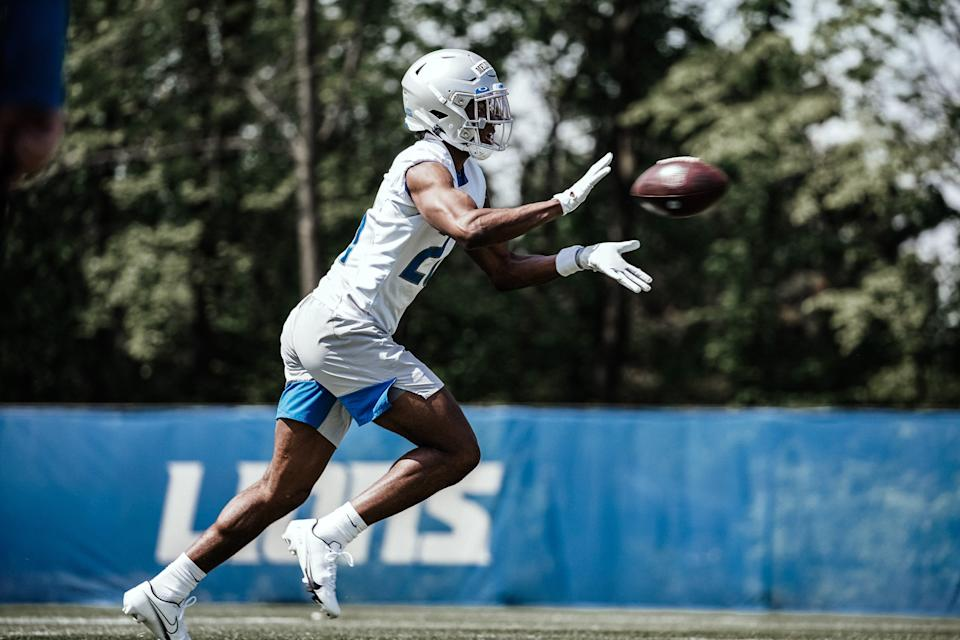 Lions defensive back Ifeatu Melifonwu makes a catch during rookie minicamp in Allen Park on Sunday, May 16, 2021.