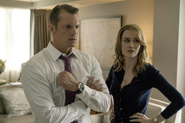 Joel Kinnaman as Will Conway and Dominique McElligott as Hannah Conway in Netflix's <i>House of Cards</i>. (Photo: David Giesbrecht)