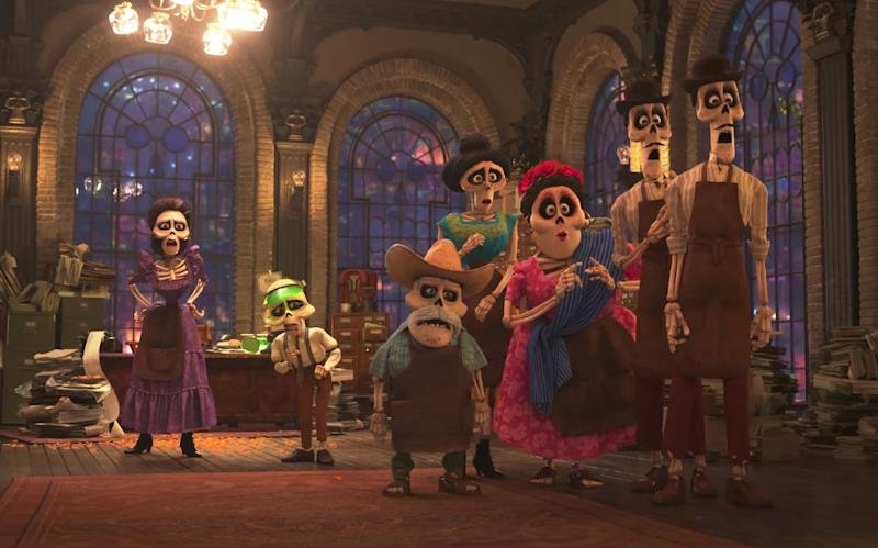 'Coco': Miguel meets his family (Disney Pixar)