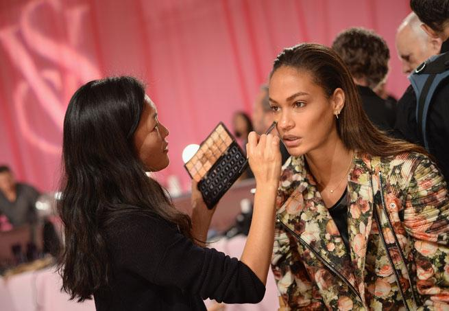 joan smalls, victoria's secret, fashion show, 2013, makeup