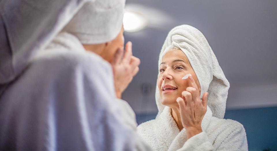 Boots' £10 Tuesday deal is back again, with an unmissable deal on Olay's top-rated anti-ageing moisturiser.  (Getty Images)