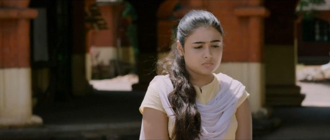 The theater artist from Jabalpur bagged her first film in Tollywood, which turned out to be the blockbuster <em>Arjun Reddy. </em>This was the movie that was redone in Hindi as <em>Kabir Singh. </em>Since her 2017 debut, the MP girl has been rocking the cine screens down South, despite not knowing the language at all. Shalini will be making her Bollywood debut with <em>Jayeshbhai Jordaar</em> slotted to release in May this year.