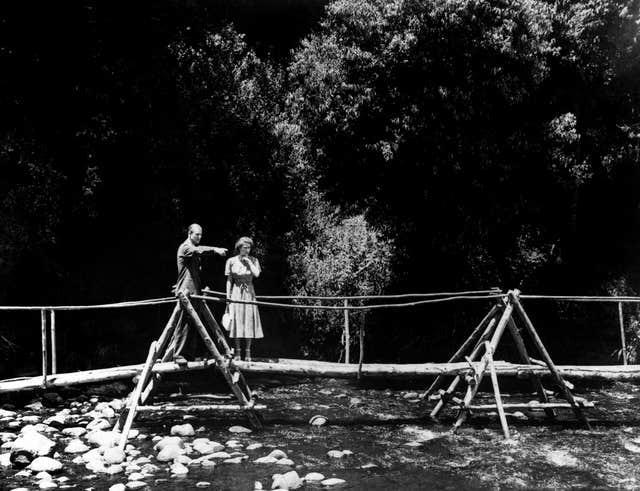 Princess Elizabeth and the Duke of Edinburgh in the grounds of the Royal Lodge in Sagana