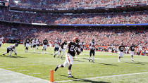 Cleveland Browns running back Nick Chubb (24) rushes for a 26-yard touchdown during the second half of an NFL football game against the Houston Texans, Sunday, Sept. 19, 2021, in Cleveland. (AP Photo/Ron Schwane)