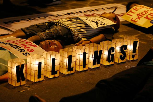 "<p>Protesters stage a die-in during a rally near the Presidential Palace to protest the ""extrajudicial killings"" under President Rodrigo Duterte's so-called war on drugs which coincided with the U.N. Human Rights Council Universal Periodic Review in Geneva, Switzerland, Monday, May 8, 2017 in Manila, Philippines. Filipino Senator Alan Peter Cayetano briskly defended the human rights record of Duterte's government before the U.N. body in Geneva on Monday, saying his government always ""seeks to uphold the rule of law"" while critical Western nations aired concerns about deadly vigilante justice and extrajudicial killings in the country. (AP Photo/Bullit Marquez) </p>"