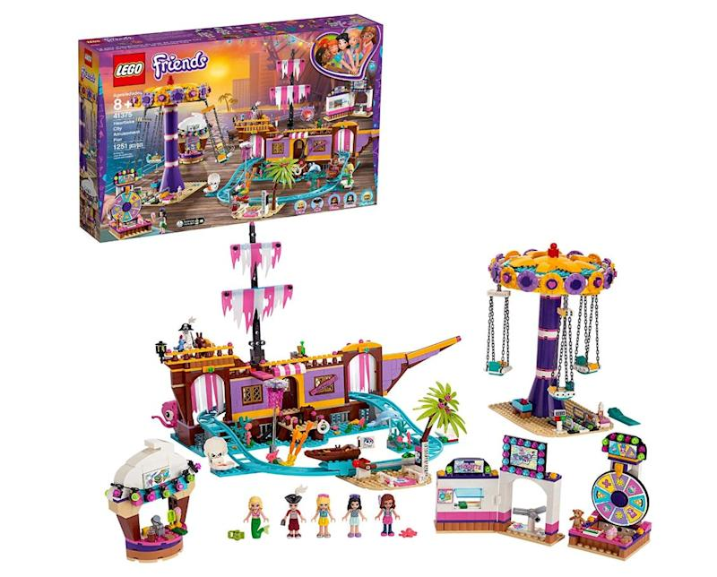 "Spend hours of role-play fun hanging out with your friends at the fair!&nbsp;<strong>Ages:</strong> 8+&nbsp;<strong>Get it at:</strong> <a href=""https://www.amazon.ca/LEGO-Heartlake-Amusement-Rollercoaster-Building/dp/B07NDYC9HV"" target=""_blank"" rel=""noopener noreferrer"">Amazon</a>, $234.50"