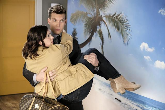Rachel Bloom as Rebecca and Scott Michael Foster as Nathaniel in <em>Crazy Ex-Girlfriend</em>. (Photo: Tyler Golden/The CW)
