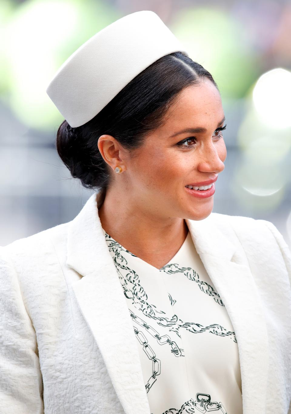 LONDON, UNITED KINGDOM - MARCH 11: (EMBARGOED FOR PUBLICATION IN UK NEWSPAPERS UNTIL 24 HOURS AFTER CREATE DATE AND TIME) Meghan, Duchess of Sussex attends the 2019 Commonwealth Day service at Westminster Abbey on March 11, 2019 in London, England. (Photo by Max Mumby/Indigo/Getty Images)