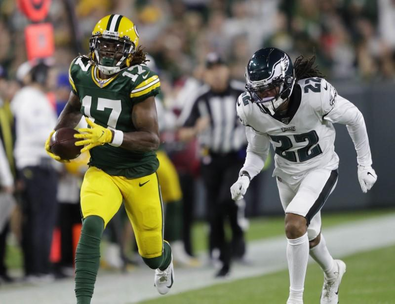 Davante Adams returns to Green Bay Packers' practice on a limited basis