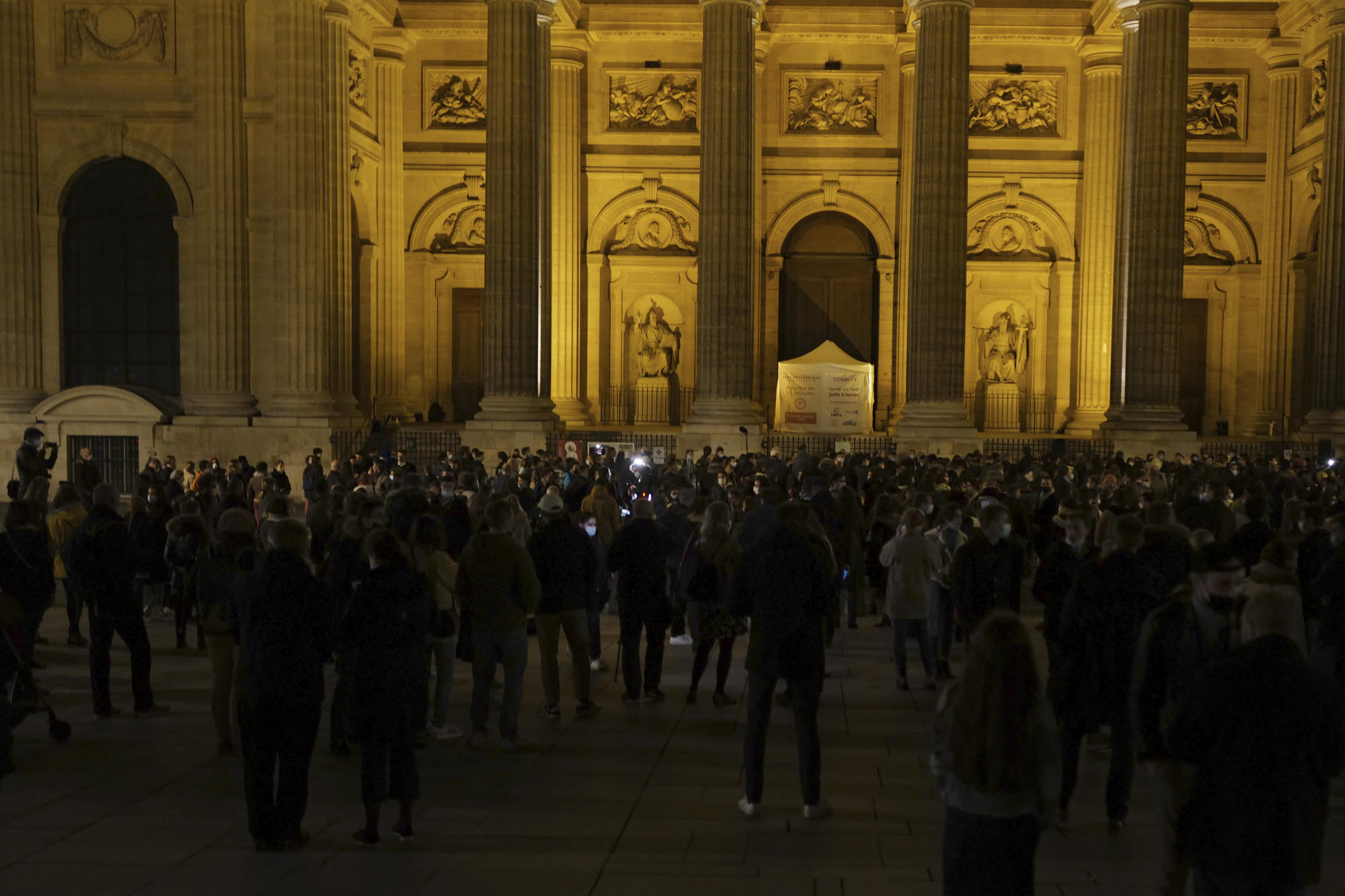 French Catholics protest for end to lockdown on Mass