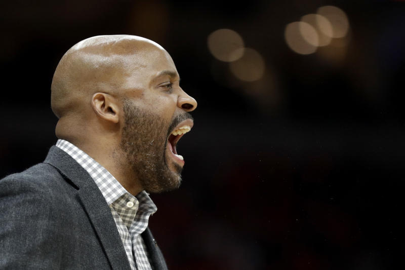Missouri head coach Cuonzo Martin yells from the sidelines during the first half of an NCAA college basketball game against the Illinois Saturday, Dec. 21, 2019, in St. Louis. (AP Photo/Jeff Roberson)