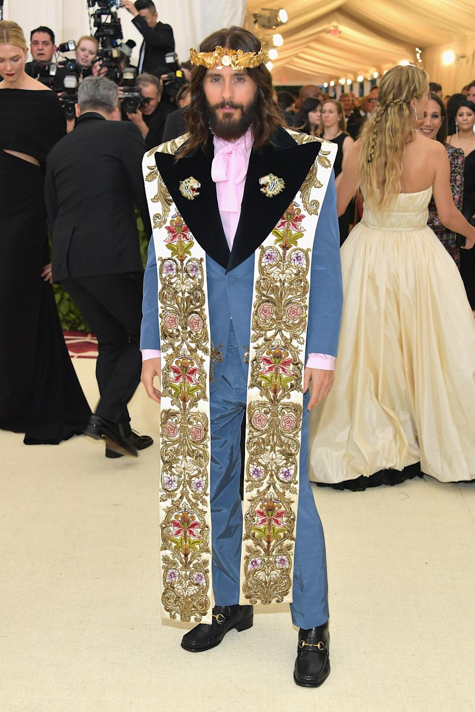 <p>Jared Leto was one of the few male Met Gala attendees who took the theme seriously in a heavenly suit and crown by Gucci's creative director Alessandro Michele. <em>[Photo: Getty]</em> </p>