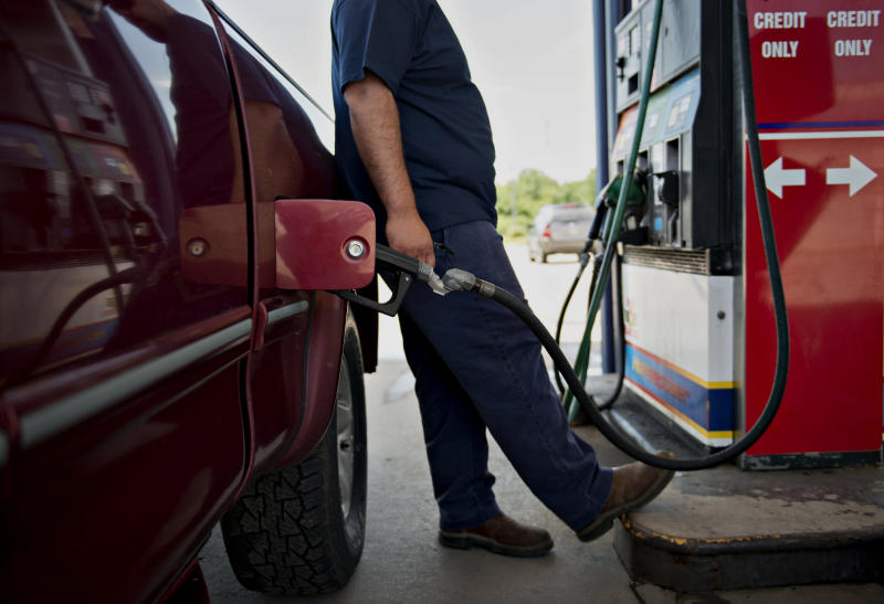 Gas prices expected to reach 3-year high this spring