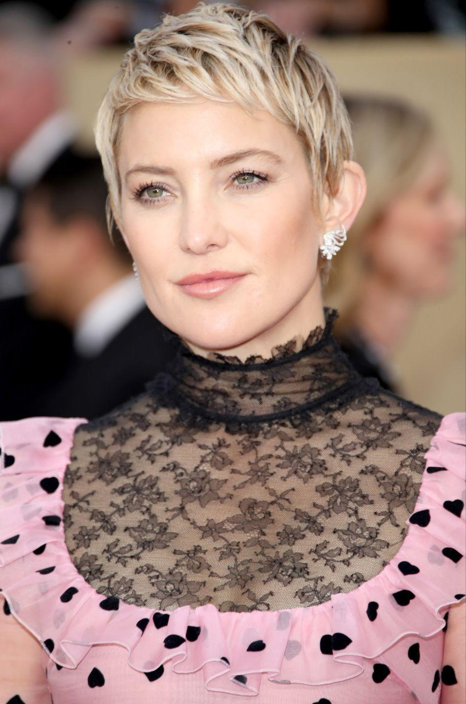 <p>By brightening the ends and leaving low tones at the root, Kate Hudson gives her shaggy pixie tons of dimension. </p>