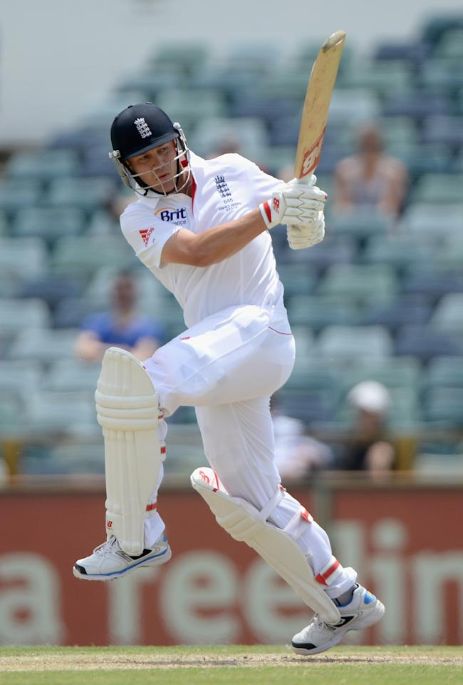 PERTH, AUSTRALIA - NOVEMBER 02:  Jonathan Trott of England bats during day three of the Tour match between the Western Australia Chairman's XI and England at the WACA on November 2, 2013 in Perth, Australia.  (Photo by Gareth Copley/Getty Images)